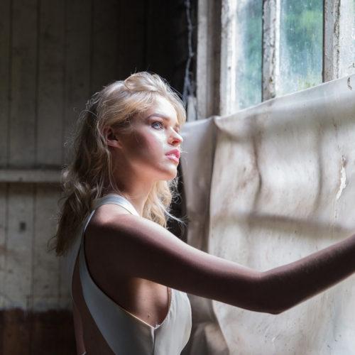 makeup for editorial shoot - bride in sunlight